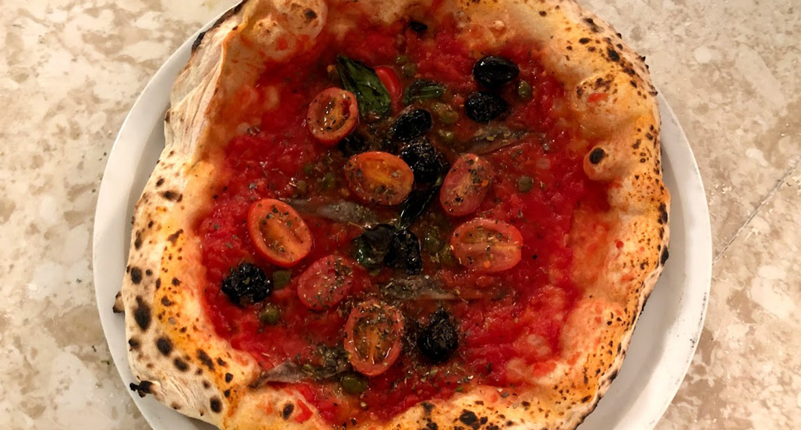 What Makes Italian Cuisine like the Best Authentic Neapolitan Pizza Unique?